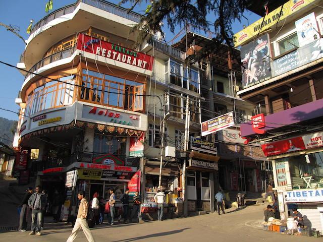 entro McLeod Ganj onde vive o dalai lama