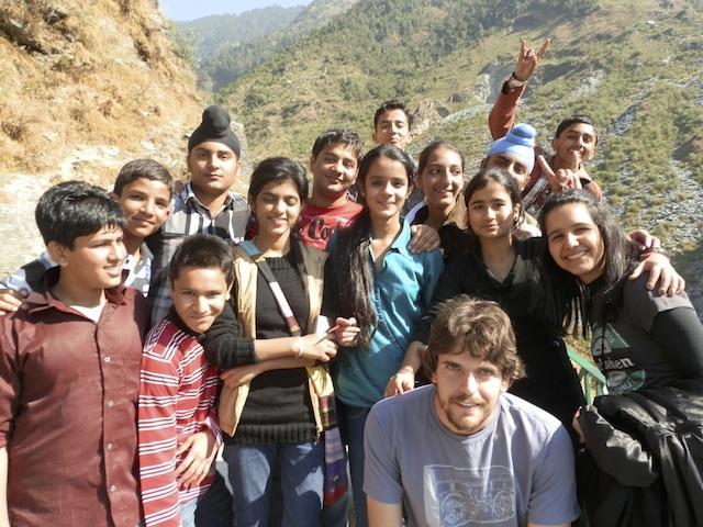 Crianças em Mcleod Ganj, na Índia