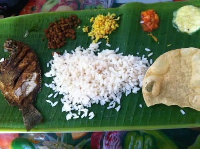Tali-refeição-típica-do-sul-da-Índia
