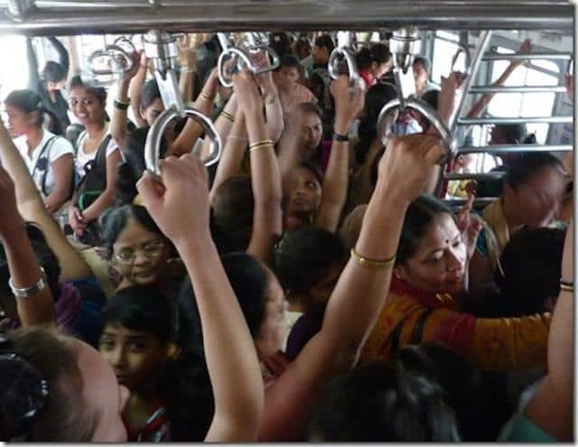trem-lotado-em-Mumbai-