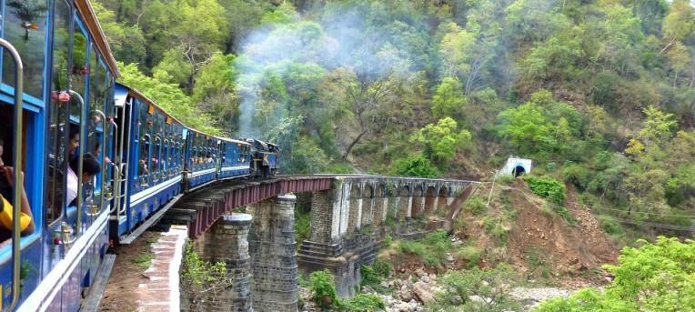 Guia prático de como viajar de trem na Índia