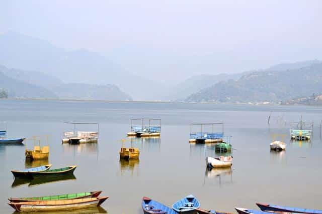Lago de Pokhara - Nepal