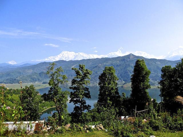 Vista das montanhas em Pokhara - Nepal