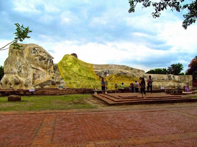 Buda Inclinado da Tailândia