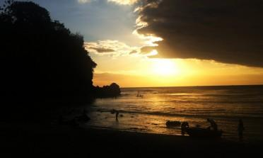 Uluwatu e Padang-Padang, as praias brasileiras de Bali