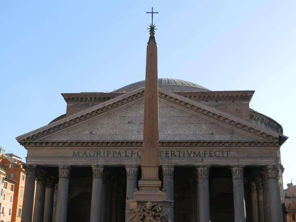 Fachada do Panteão: pontos turísticos de Roma