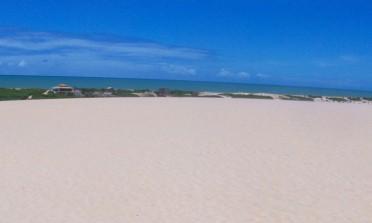 Itaúnas: dunas de areia e forró no Espírito Santo
