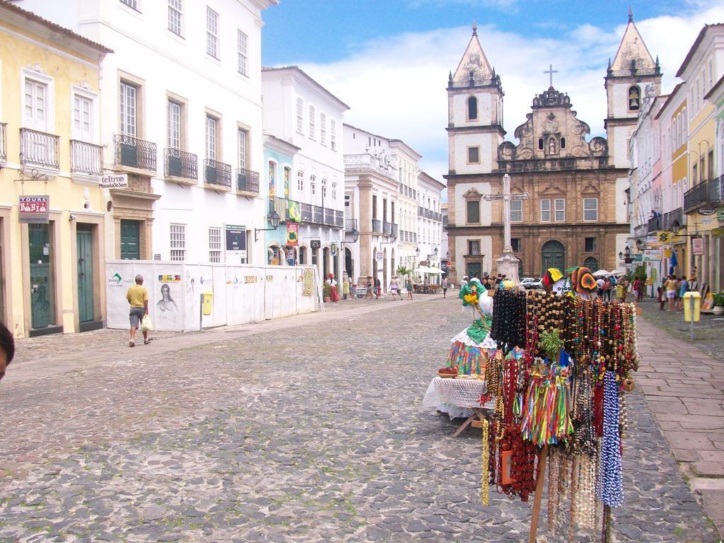 Pelourinho em Salvador Bahia Terreiro de Jesus igreja de são francisco de assis