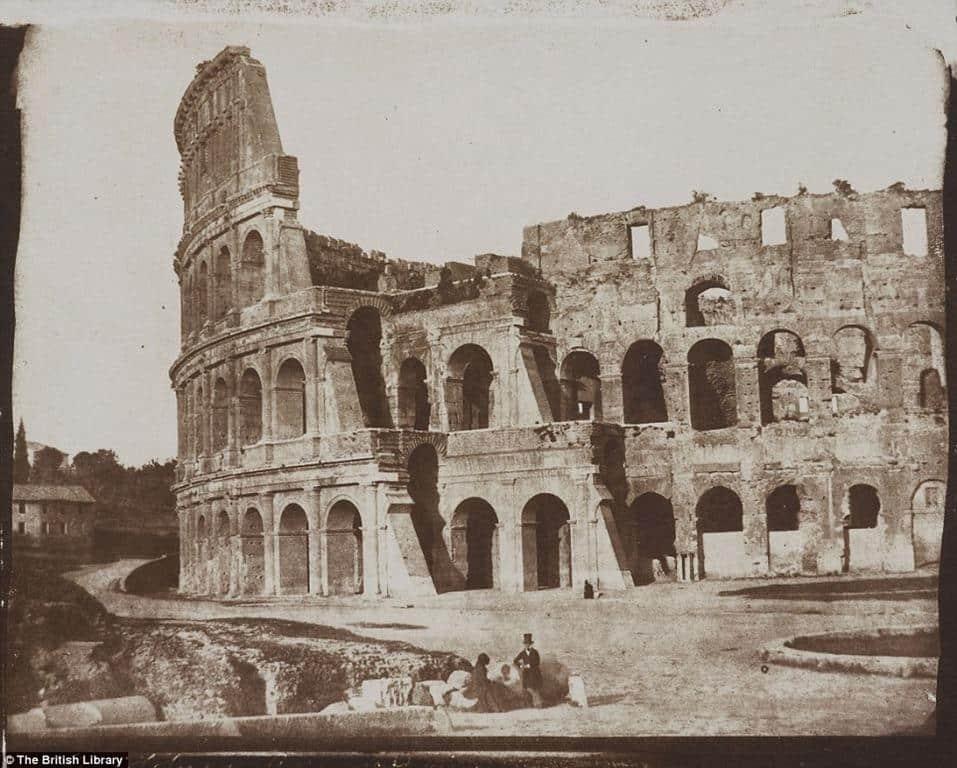 Foto-antiga-do-Coliseu-Roma.jpg