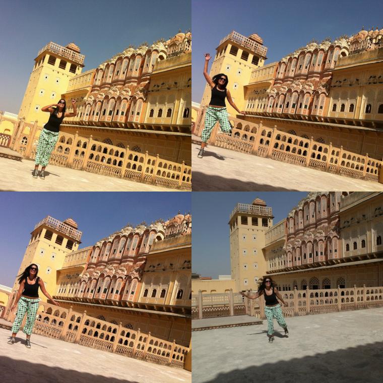 Naty pulando em Jaipur