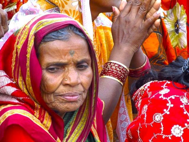Mulher indiana em Varanasi