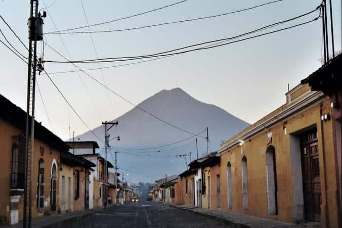 Antigua - Guatemala - Flor do Caribe