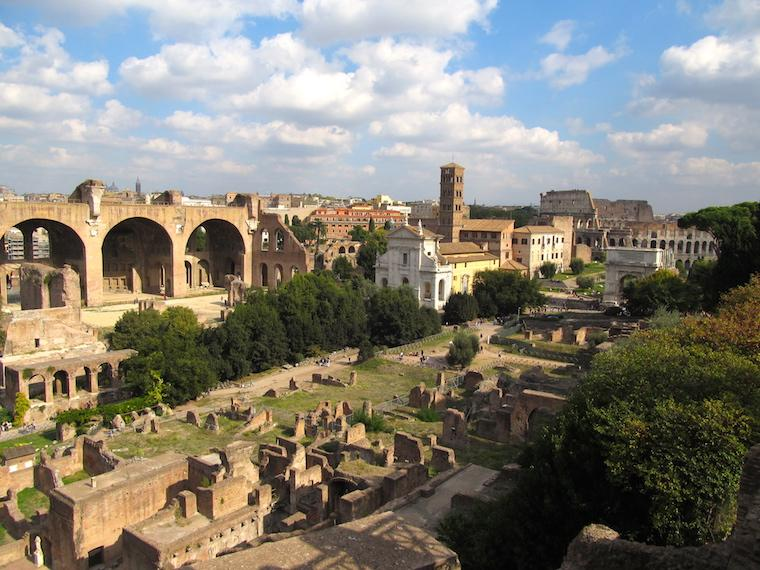 Forum Romano em Roma, Itália