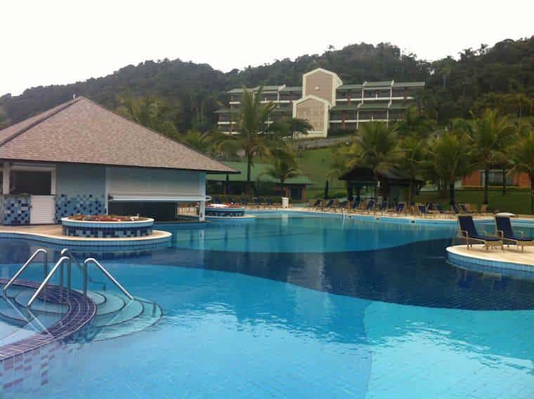 Infinity-Blue-piscina balneario camboriú