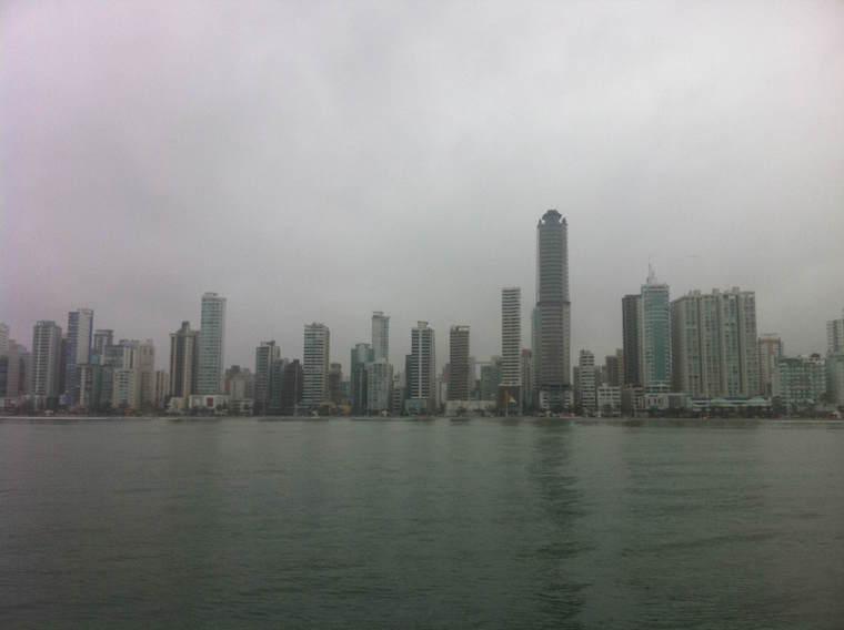 Skyline-de-Balneário-Camboriú