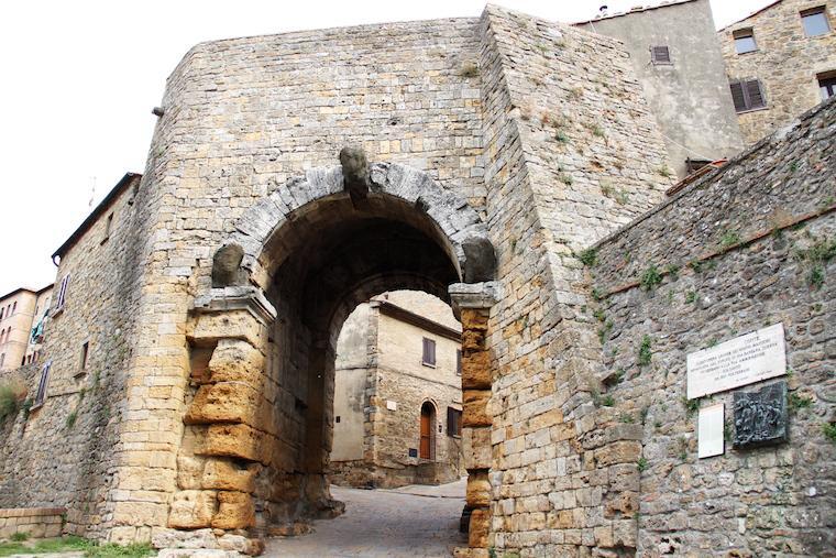 Porta de Volterra, Toscana