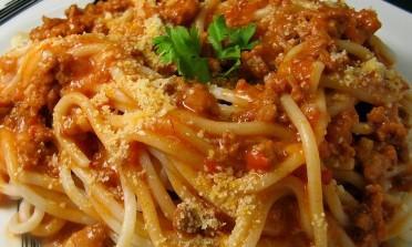 O espaguete à bolonhesa não existe