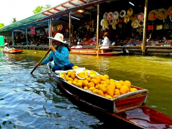 Mercado Flutuante da Taiândia