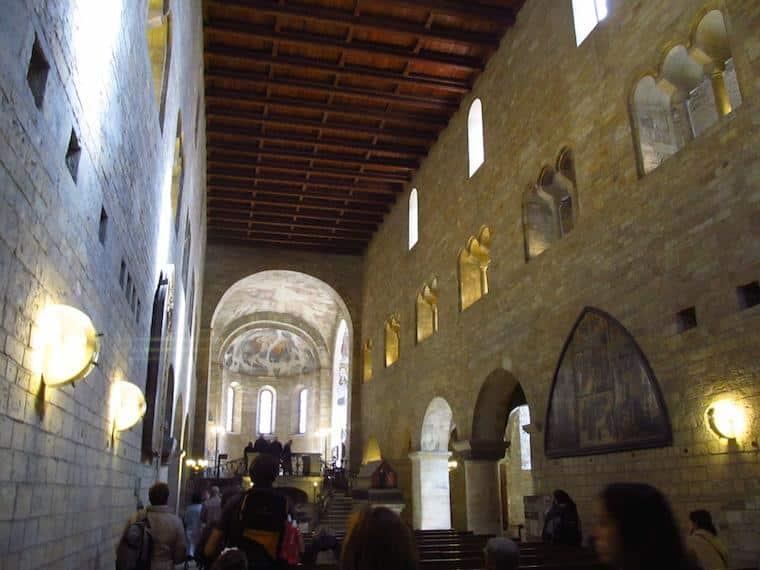 Um tour pelo Castelo de Praga dentro