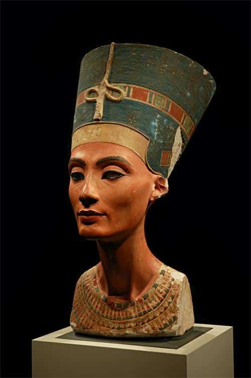 Busto de Nefertiti, Ilha dos Museus
