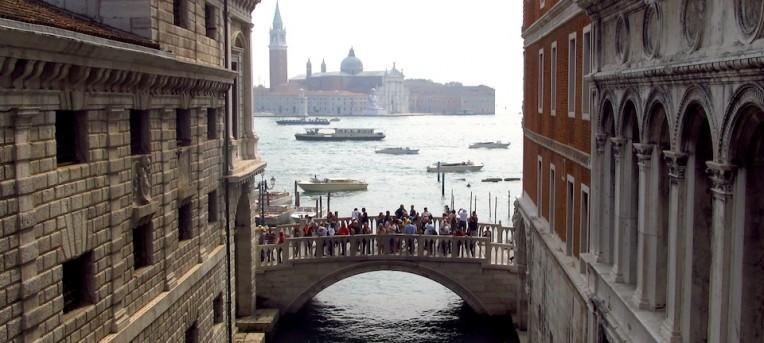Os canais de Veneza e a história da cidade