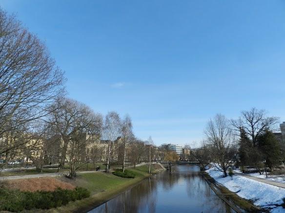 Canal Pilsētas em Riga