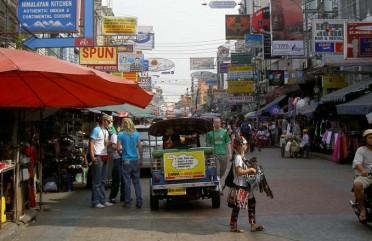 Khaosan Road, gueto dos mochileiros em Bangkok
