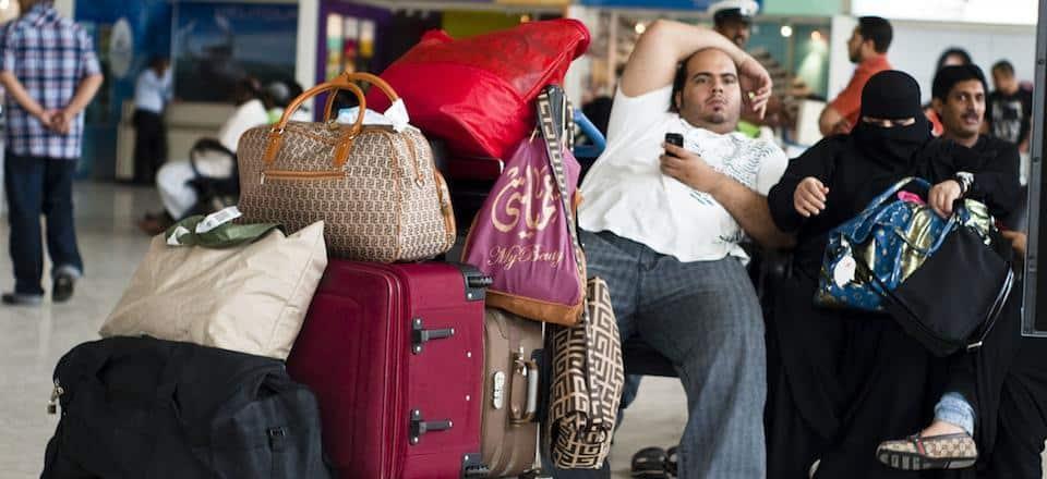 Como arrumar a mala para uma viagem longa?