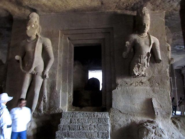 Caverna estatuas Ilha da Elefanta