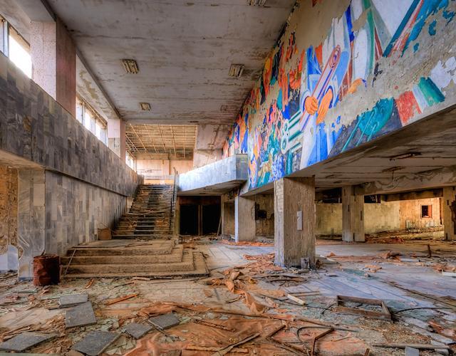 Palace_of_Culture_Lobby-pripyat tour chernobyl