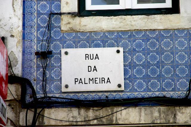 Azulejos nas ruas de Lisboa - Portugal