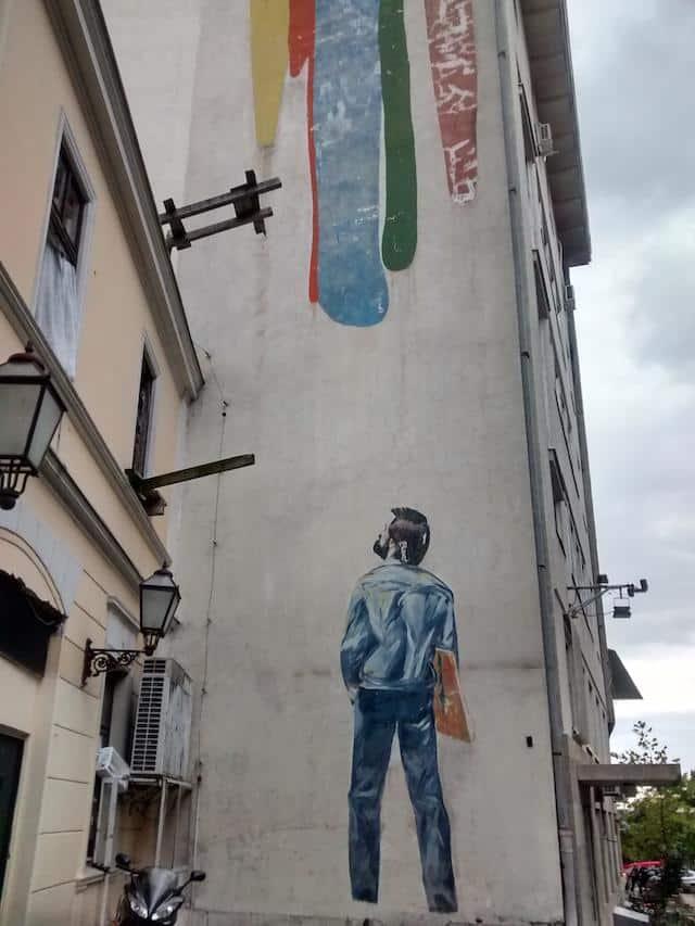 Grafiti na parte central de Belgrado