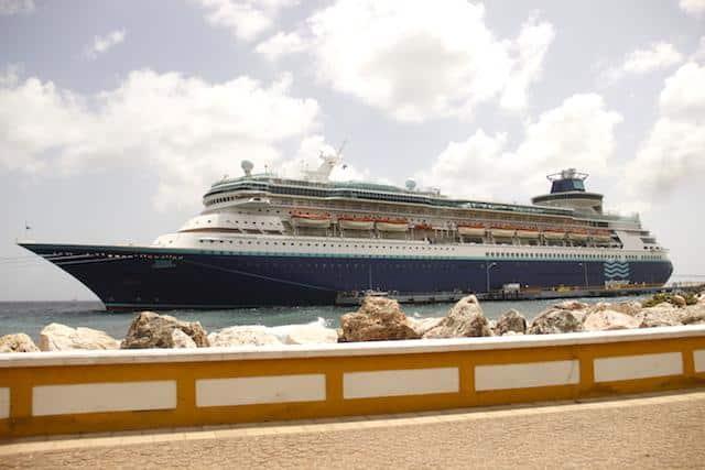 Monarch navio Pullmantur