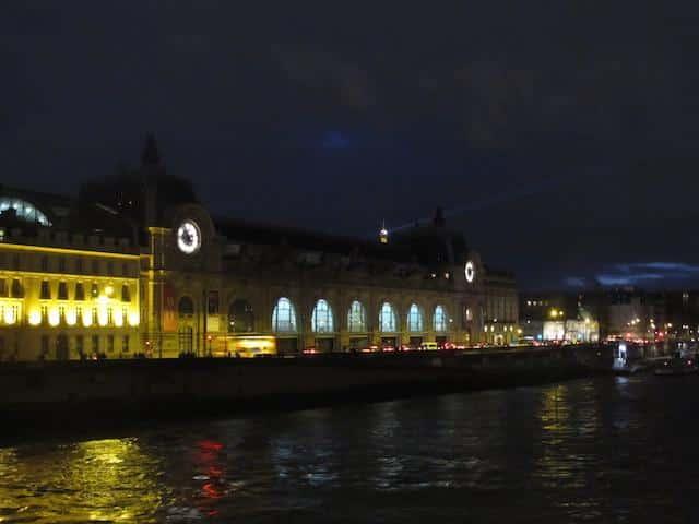 Museu D'Orsay noturna