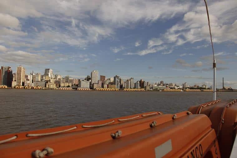 passeio de barco em Porto Alegre