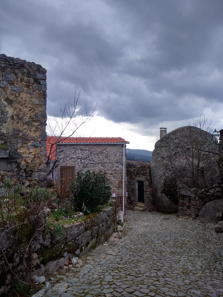 Aldeias-historicas-Portugal-linhares-6