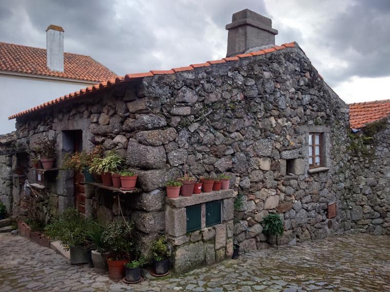 Aldeias-historicas-Portugal-linhares-7