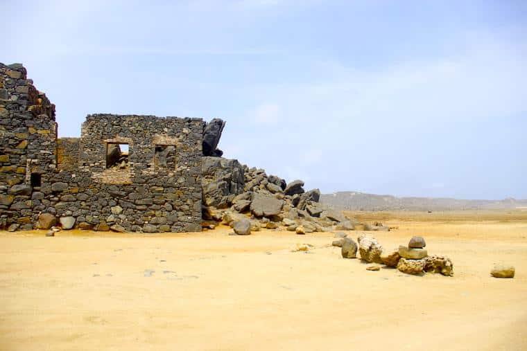 Ruinas mina de ouro em Aruba