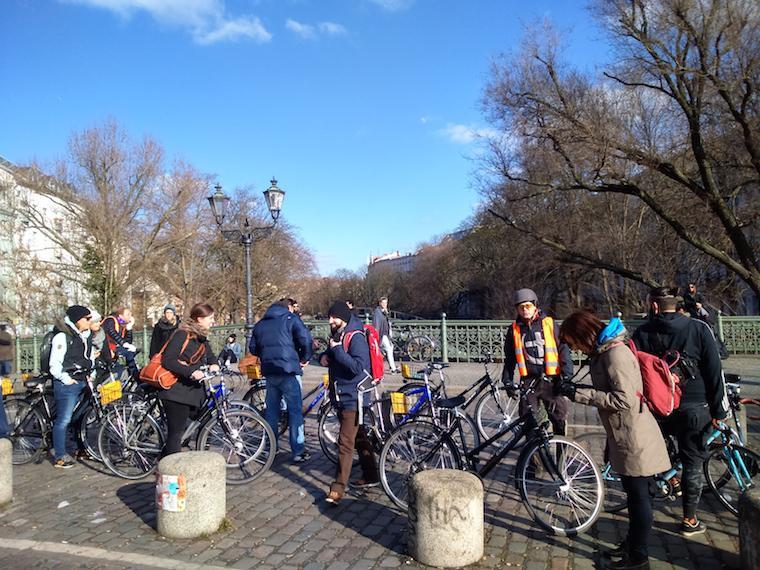 bike tour berlin on bike
