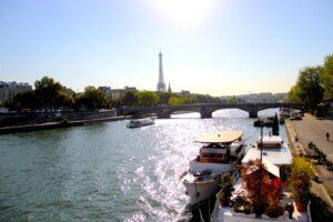 Passeio no Rio Sena: um cruzeiro em Paris