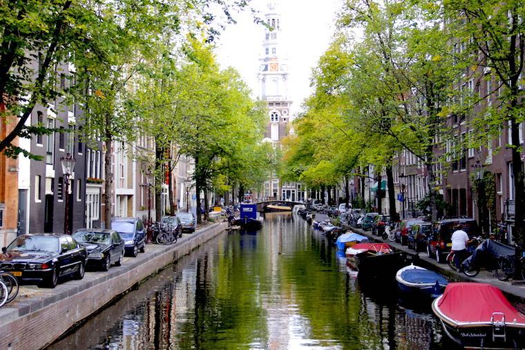Canais de Amsterdam - Holanda