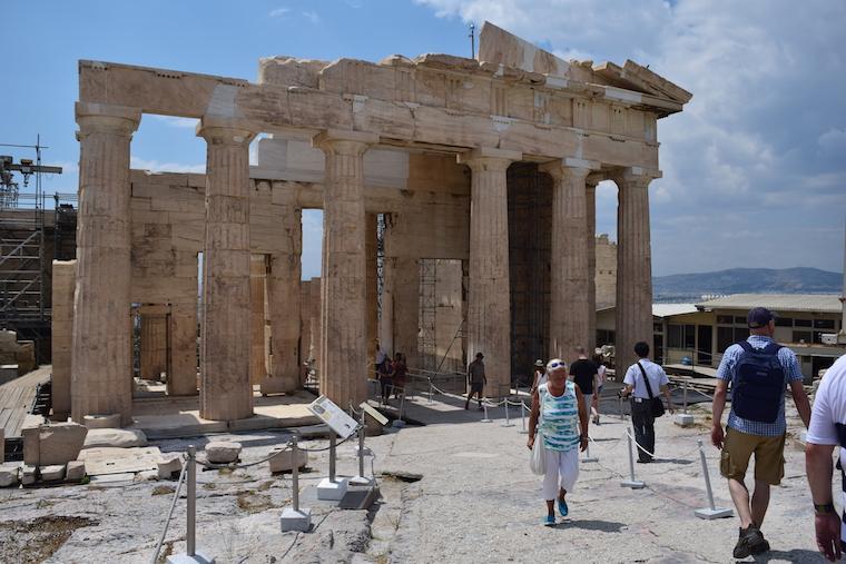 O que fazer em Atenas Grécia entrada acropole