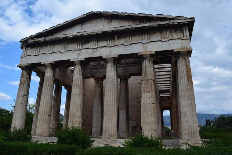 O que fazer em Atenas Grécia templo