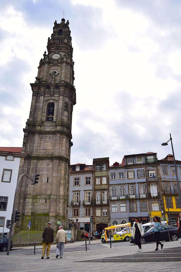 O que visitar no Porto clerigos
