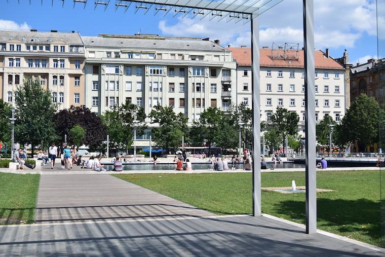 Onde ficar em Budapeste Deac Sq.