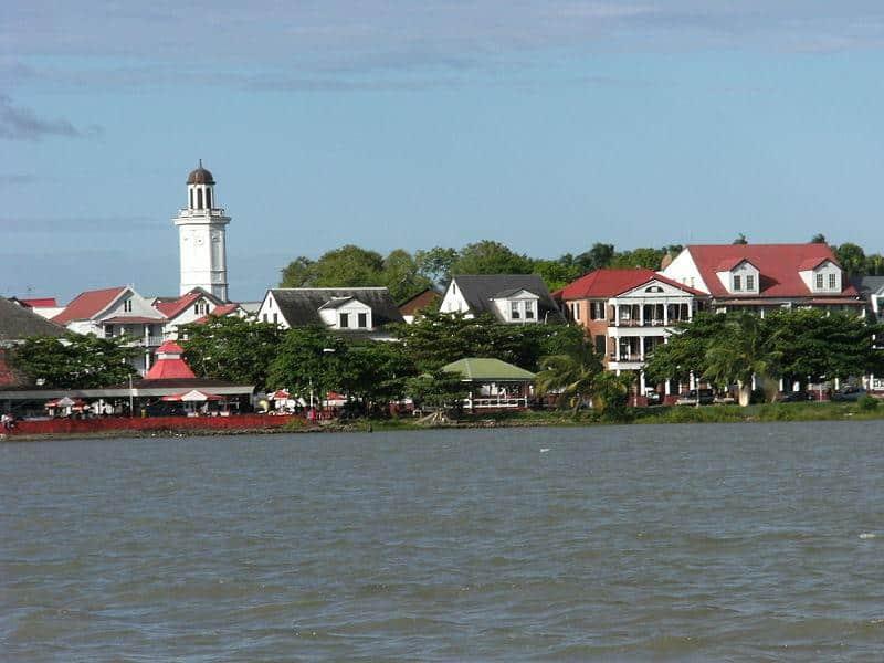voo Paramaribo