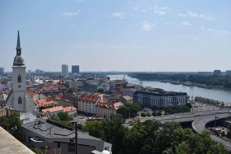 onde ficar em bratislava eslovaquia danúbio