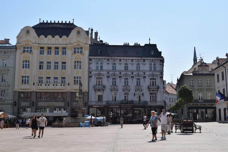 onde ficar em bratislava eslovaquia