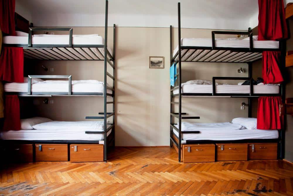 Plans porno de dortoirs d'université