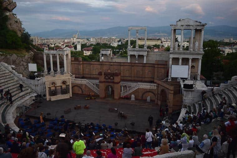 ópera plovdiv bulgária cehgada